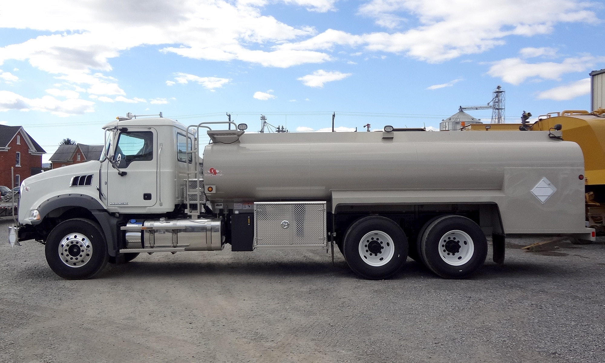 On-Road Fuel Truck